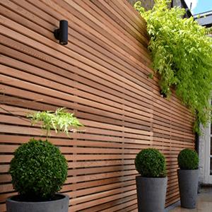 landmark-garden-designs-fence-panels