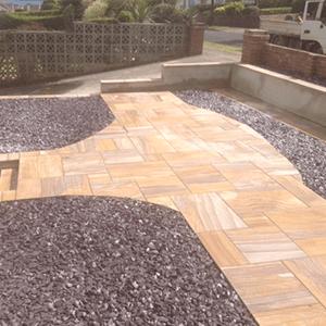 landmark-garden-designs-path