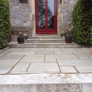 landscape-garden-designs-patio-stones