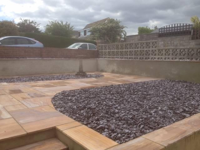 Gravel and designer patio rear garden 5