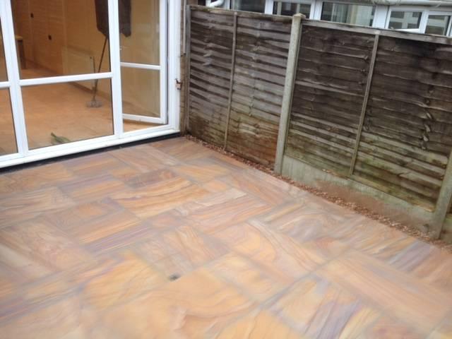 Slate patterned patio area 1